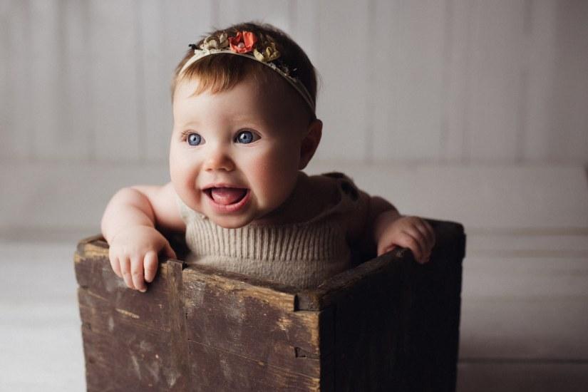 Barnfotografering Ida 6 månader