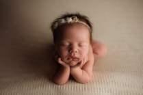 Nyföddfotografering Luna Stockholm-10