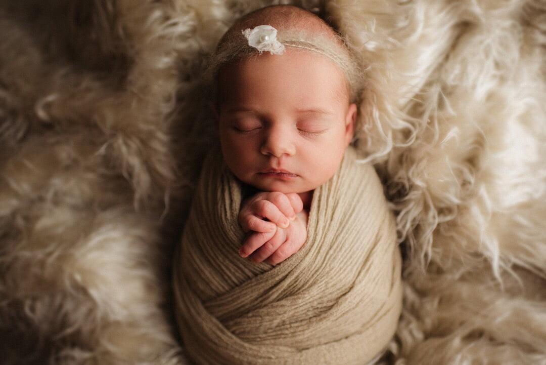 En Nyföddfotografering med Emma 1