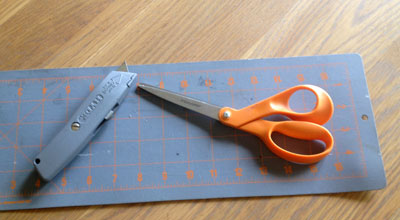 Tools used to put down vinyl flooring