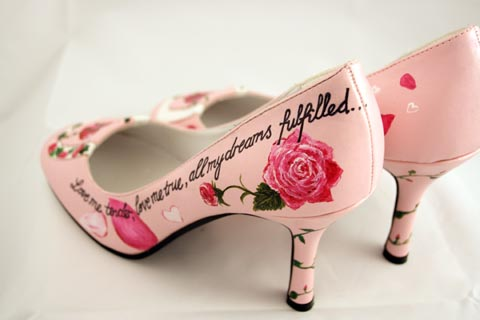 hand painted wedding shoes, beautiful moment art