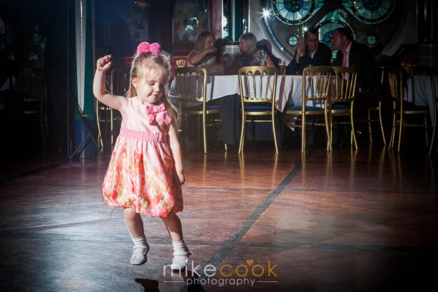 wedding_photographer_glasgow_oran_mor_0068