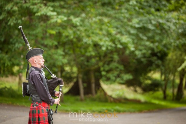 wedding_photographer_stirlingshire_culcreuch_castle_0017