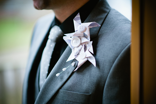 key reflections photography, paper buttonhole, ribbons and tulle