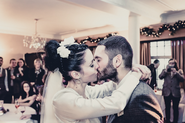 Winter wedding,  Vintage wedding, reception room, donington manor, bride and groom first dance, bride and groom kiss, don't want to miss a thing, aerosmith, 1940's wedding dress, mark pugh photography