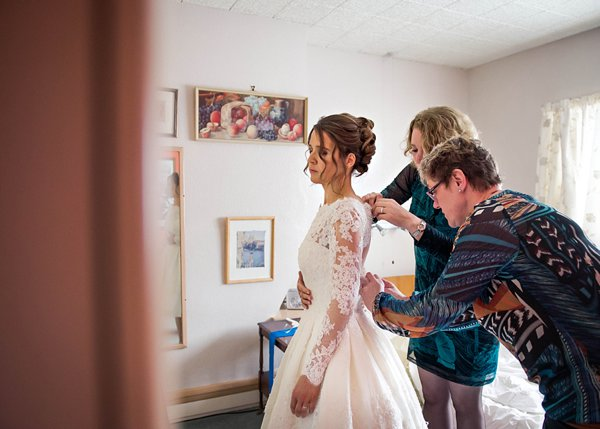 winter wedding, church wedding, julie anne images, anglo dutch wedding , church hall reception, dutch decor, bride getting ready