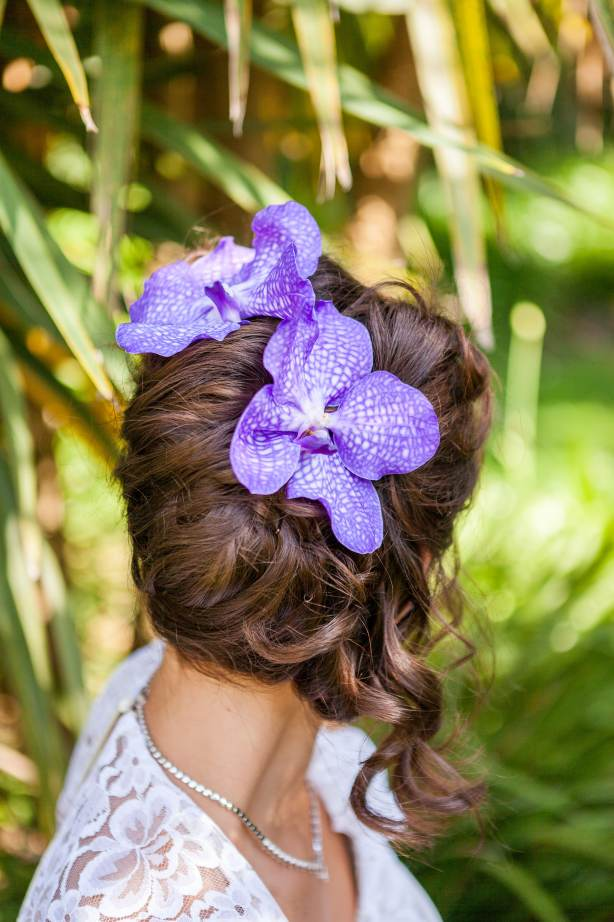 Chris Cowley Photography, bride, purple flower in hair, eco friendly shoot, ethical wedding, recycled wedding