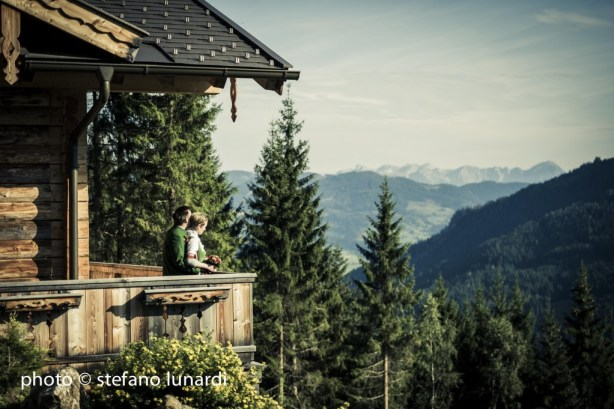stefano lunardi photo, 2 people 1 life, austrian lodge, austrian mountains