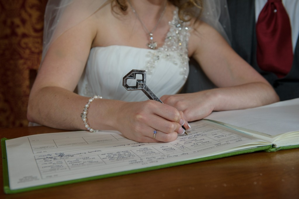 Layer-Marney-Tower, Pengelly-Photography, Signing the register