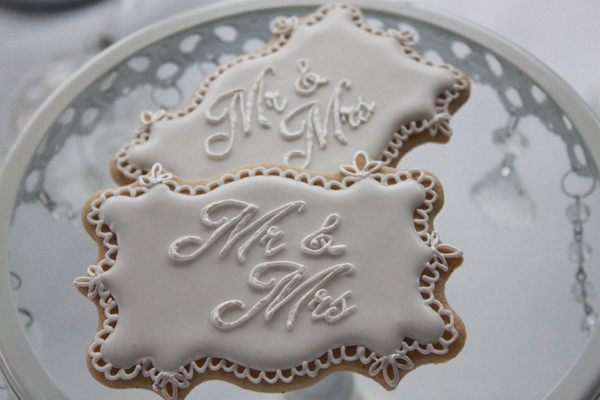 mr and mrs cookies, The Enchanting Cake Company, bespoke cakes