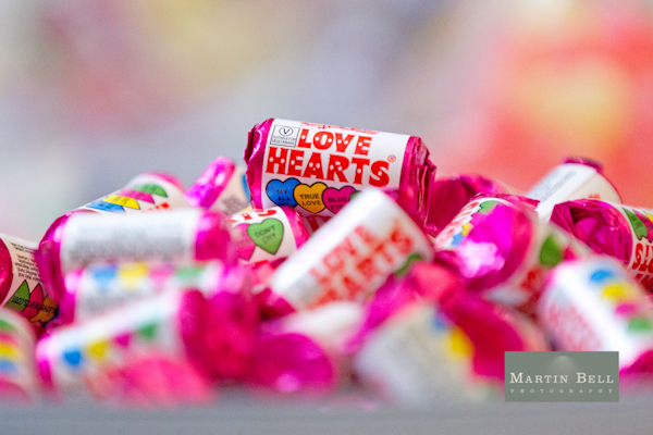 love heart sweets, Winchester wedding photography, Martin Bell Photography,