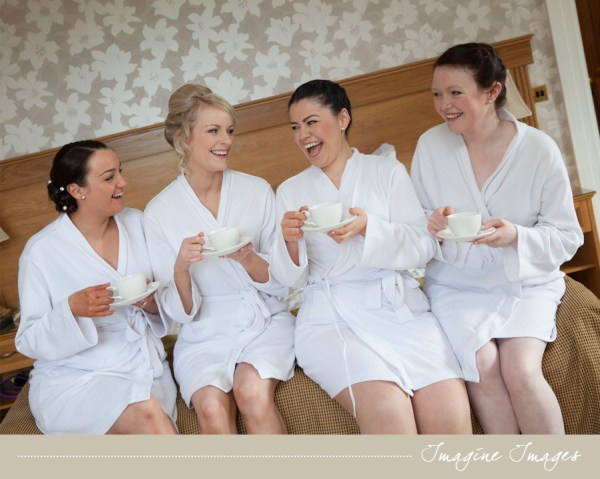 bride and bridesmaids, imagine images
