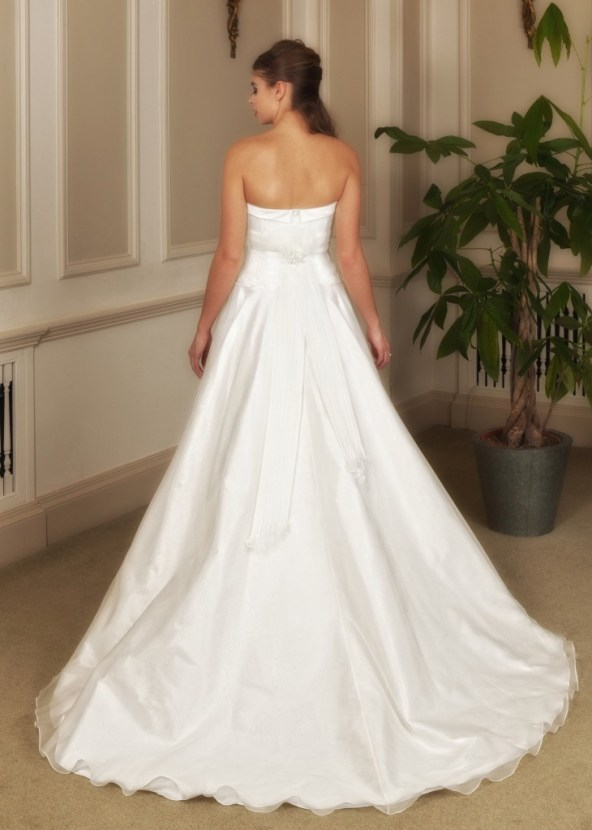 Ellena  - Love & Romance Collection - Qiana Bridal (close up back)