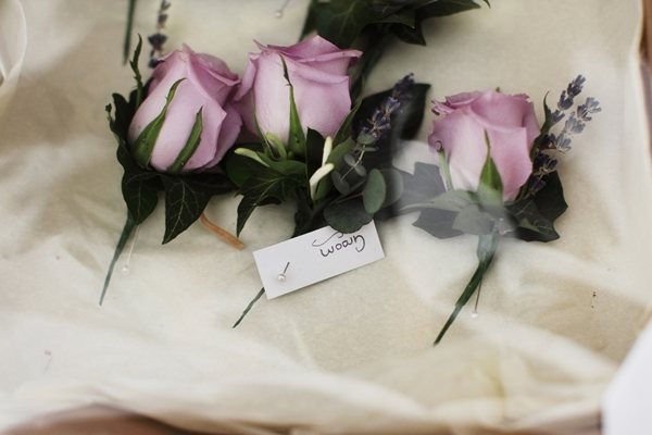 pink rose buttonholes, flowers by KB, david perkins wedding photography