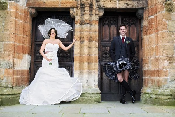 bride and groom, windy linlithgow wedding, stuart craig photo