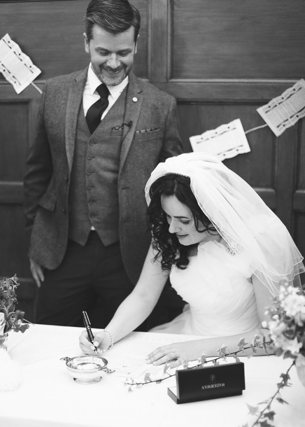 signing the register, nicky conney photo
