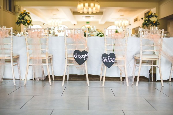 wedding-chairs-italian-villa, nick rutter photo
