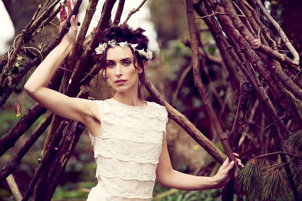 Make-up by Verity, Wood bride shot, penganna Manor, curious wedding experience