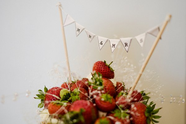 Lee Meek photography - Rebecca & Luke, cake bunting, farnham castle, Naked cake