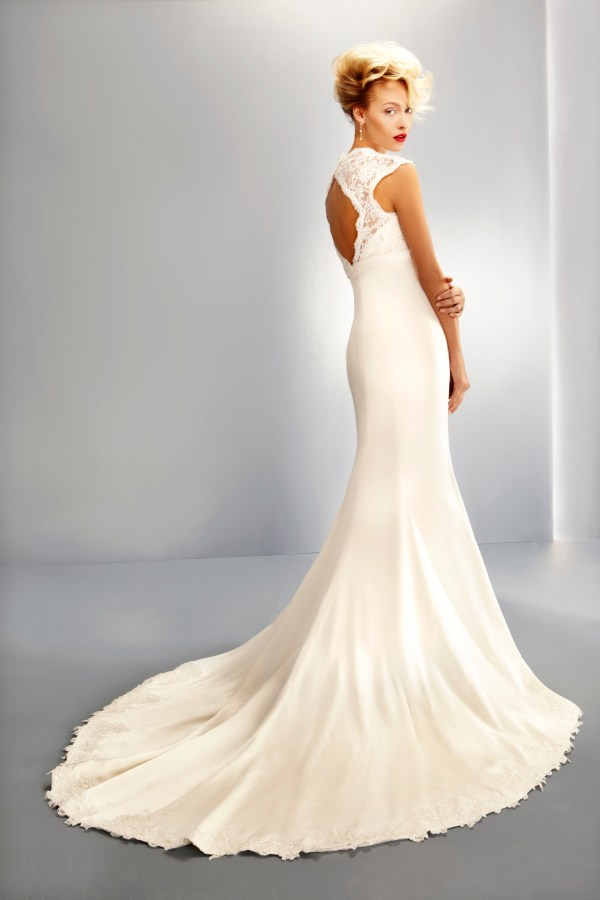 Ritva Westenius Wedding Dress, UK Bridal Industry,  eBay Auction, DEC Ebola Crisis Appeal
