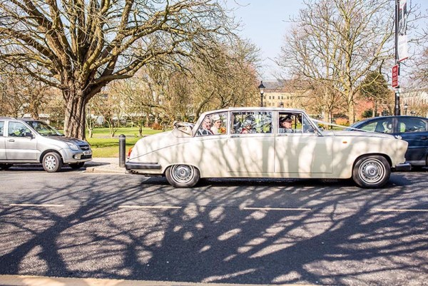 nick rutter photo, wedding car