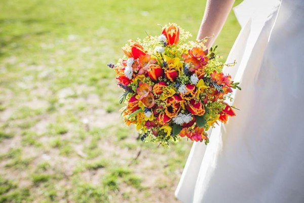 nick rutter photo, orange bridal bouquet