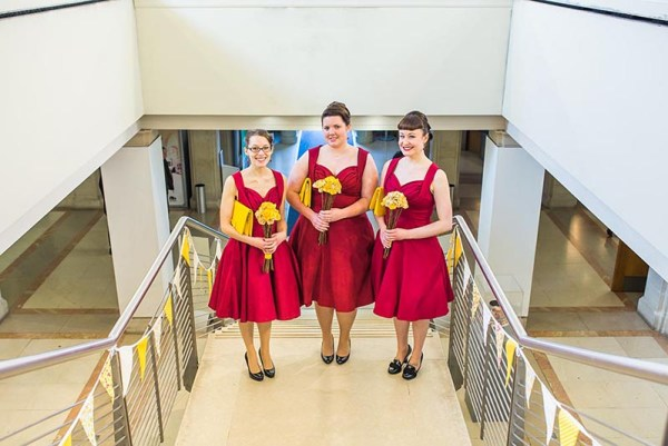 bridesmaids-red-desses-southampton-art-gallery, nick rutter photo