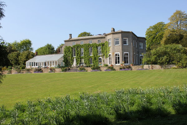 pennard-house, back lawn, somerset wedding venue, bohemia wedding venue,