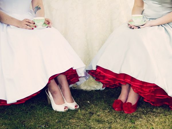Claire Penn Photography, blogging bride, 50s style wedding dress, red shoes, red petticoat