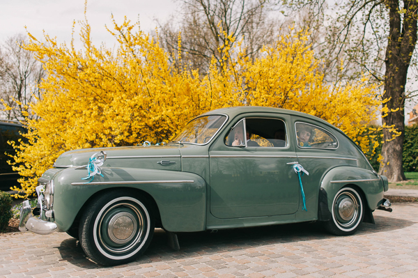 jollyday-photography, polish-wedding, polish-wedding-photographers, wedding car