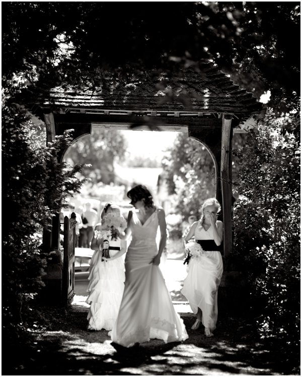 alexander-leaman-photography-garden-wedding-marquee-wedding-lusan-mandogus-dress (44)