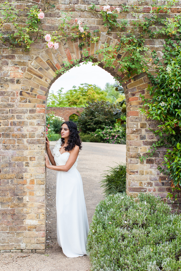 Ditton-Manor-Greek-inspired-wedding-shoot-summers-photography-uk (30)