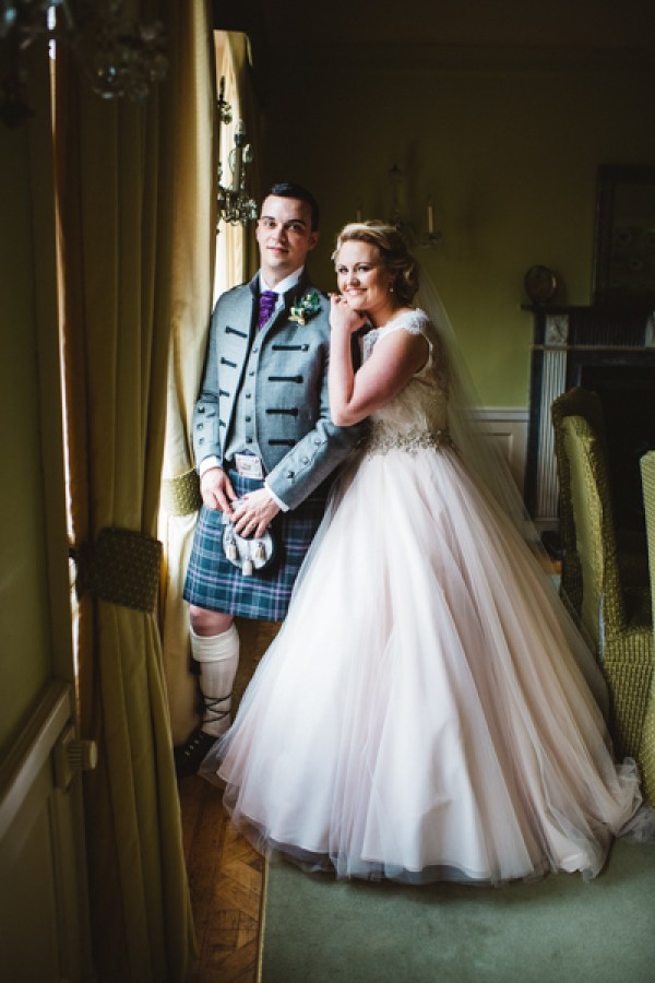 tom-cairns-photography-ayrshire-wedding-eterkine-house-blush-colour-palette (69)