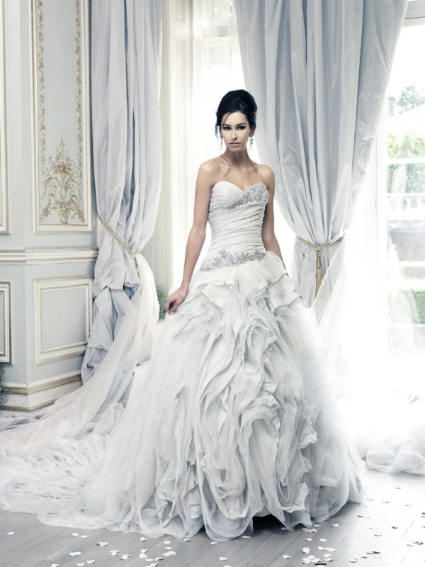 Ian-Stuart-Wedding-Dress, Pracatan-Dress, Lily-Lou-Lou-Bridal-Boutique
