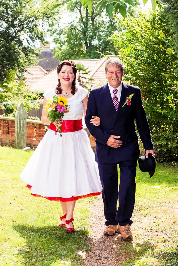 giddy-kipper-giddy-wedding-lincolnshire-wedding-harvey-and-harvey-photography (45)
