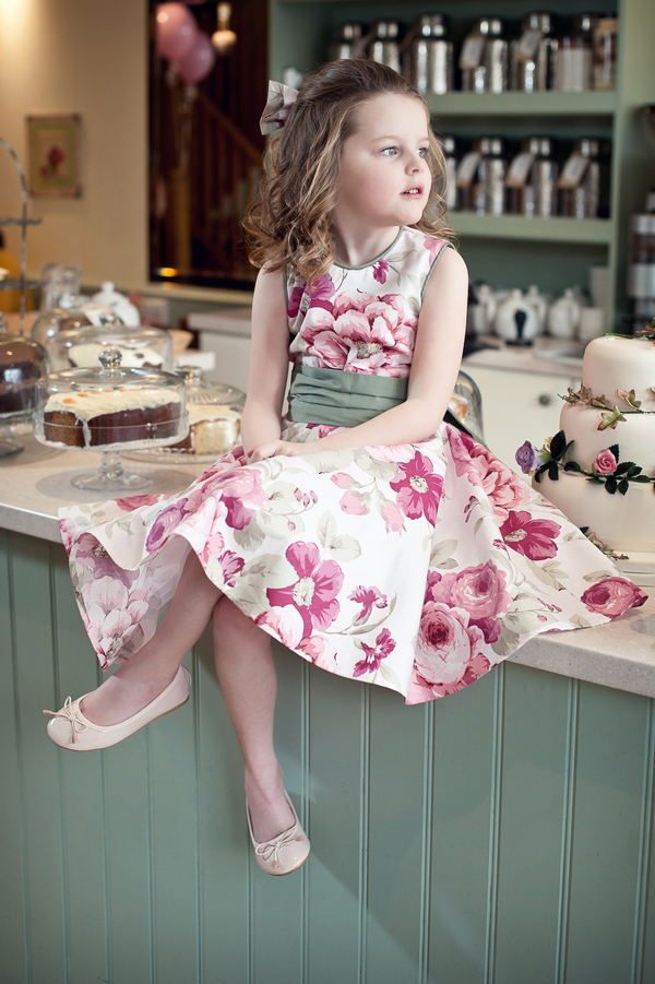 joanne b photography, flowergirl dresses, damigella d'onore designer, blog catch up