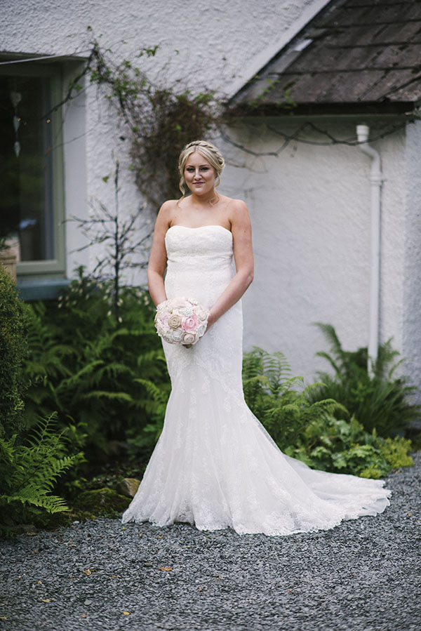 Cote-How-lake-district-wedding-intimate wedding-pronovias-wedding-dress-charlotte-mills-shoes (17)