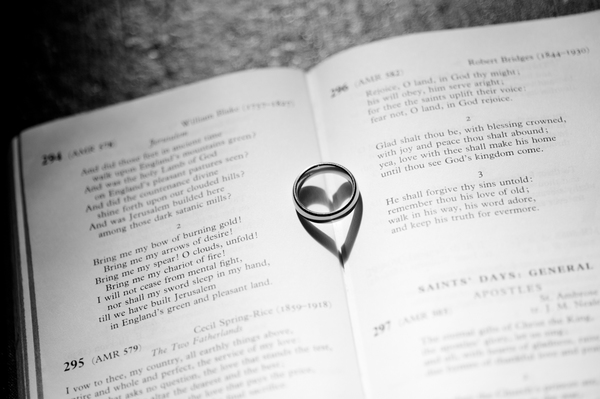 © jamie penfold photography 2015 - www.memoriesandemotions.co.uk, wedding ring, bible