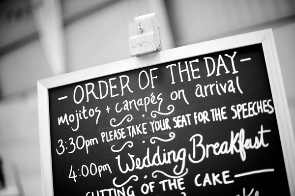 © jamie penfold photography 2015 - www.memoriesandemotions.co.uk, order of the day sign