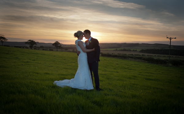 © jamie penfold photography 2015 - www.memoriesandemotions.co.uk, bride and groom at sunset