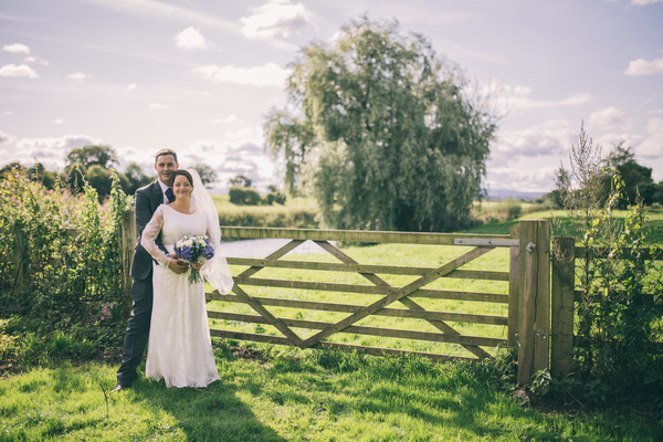 jess-yarwood-photography-tiffany-rose-dress-pregnant-bride-homemade-touches-garden-wedding-marquee-wedding (18)