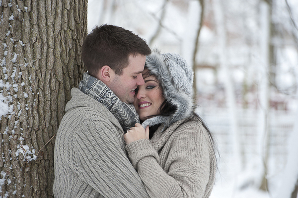 charmaine-chris, snowy-engagement, yvette-craig-photography