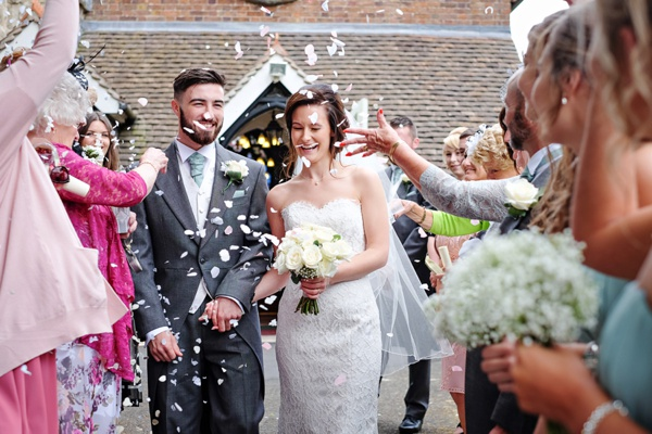 Cris-Lowis-photography-Staffordshire wedding-Mytton-and-Mermaid-pub (19)