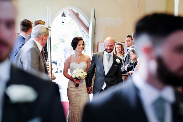 Cris-Lowis-photography-Staffordshire wedding-Mytton-and-Mermaid-pub (9)