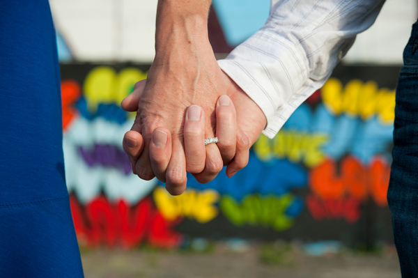 black-lamb-photography, ottawa-engagement-photos, graffiti
