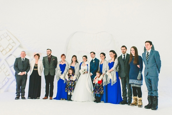 lapland-wedding-snowy-wedding-rob-grimes-hotography-destination-wedding-LUVATTUMAA- Ice-Chapel-Levi-Lapland (55)