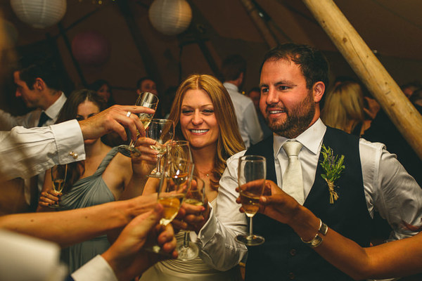 Miki-Photography-Ash-Davenport-garden-wedding-warwickshire-wedding-cotswold-wedding-amanda-wyatt-wedding-dress-tipi-wedding-rustic-details (106)