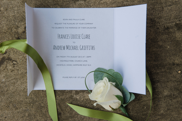 hannah-mcclune-photography-essence-of-australia-dress-hampshire-wedding-sage-green-details-highfield-park (78)