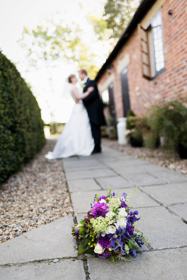 howling-basset-photography-barn-wedding-kent-wedding-rustic-details-purple-details-winters-barns-canterbury (146)