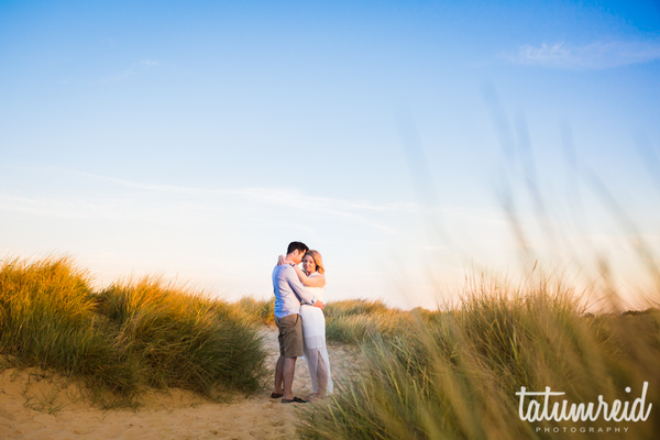 southwold-beach-tatum-reid-photography-beach-engagement-shoot-beach-hut-engagement-shoot_17